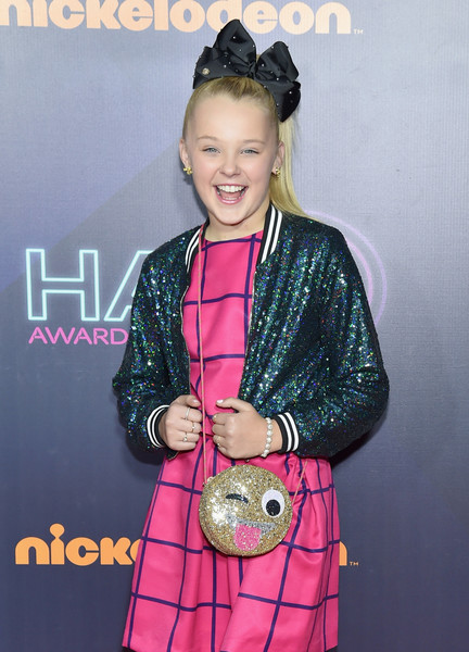 2016 Nickelodeon HALO Awards - Arrivals [hairstyle,outerwear,award,performance,premiere,arrivals,jojo siwa,nickelodeon halo awards,awards,nickelodeon halo,new york city,basketball city pier 36 - south street]