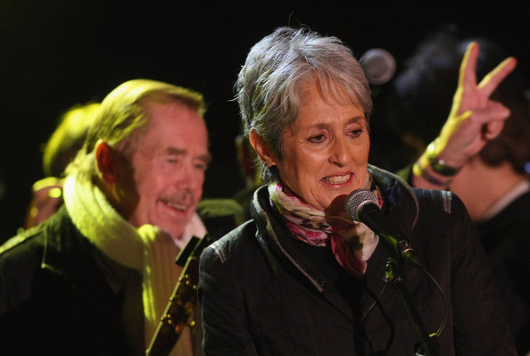 Joan Baez and Vaclav Havel - Czechs Mark 20th Anniversary Of Velvet Revolution