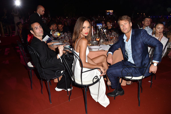 Unicef Summer Gala Presented By Luisaviaroma – Dinner [event,fashion,fun,leg,thigh,party,photography,nightclub,italy,porto cervo,unicef summer gala,dinner,luisaviaroma,mohamed al turki,glen pawell,joan smalls]