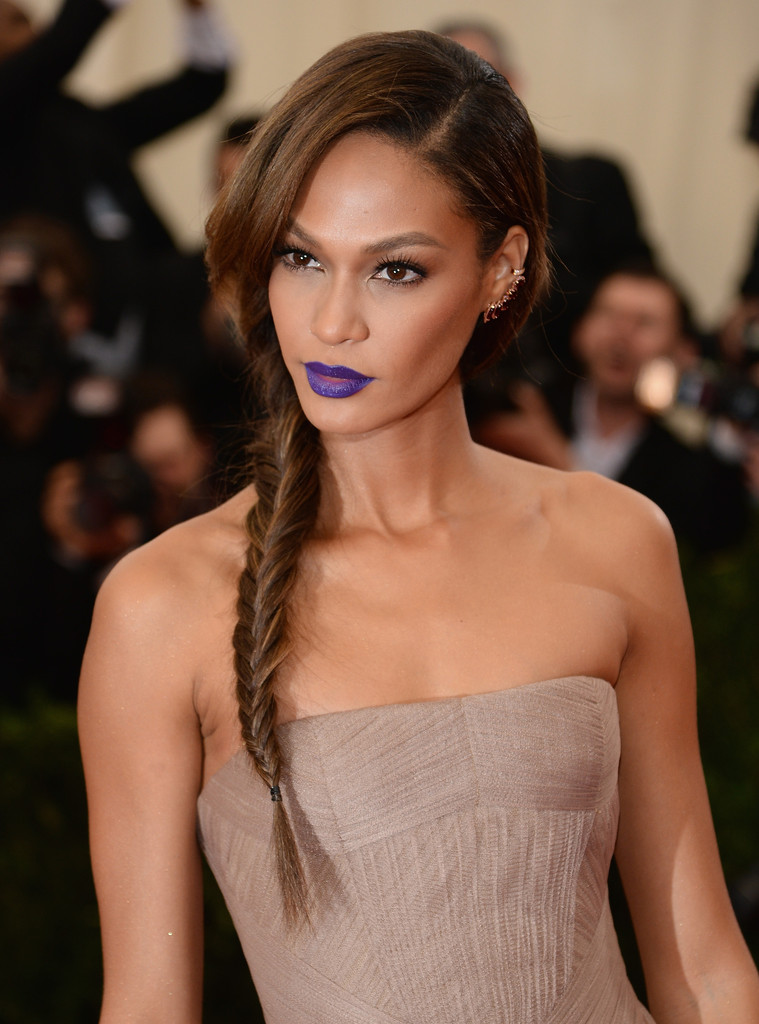Now Trending for Your Strands: Distressed Side Braids