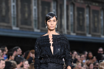 Joan Smalls Givenchy : Runway - Paris Fashion Week - Menswear Spring/Summer 2017