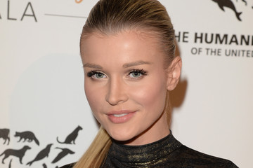 Joanna Krupa Humane Society Of The United States 60th Anniversary Gala - Red Carpet