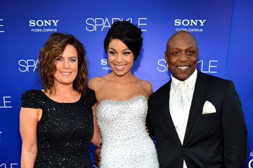"Jodi Sparks Premiere Of Tri-Star Pictures' ""Sparkle"" - Red Carpet"