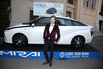 Joey Graceffa Environmental Media Association Hosts Its 26th Annual EMA Awards Presented by Toyota, Lexus and Calvert - Red Carpet