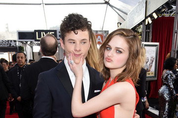 Joey King Nolan Gould The 22nd Annual Screen Actors Guild Awards - Red Carpet