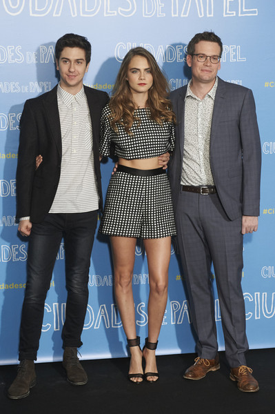 John Green And Cara Delevingne Photos Photos Ciudades De Papel