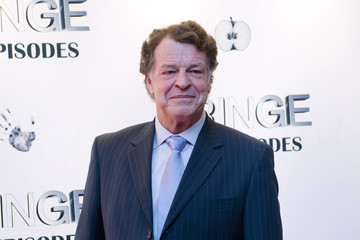 "John Noble ""Fringe"" Celebrates 100 Episodes And Final Season"
