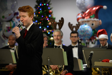John Stevens Boston Pops Bring Holiday Spirt to Boston Children's Hospital