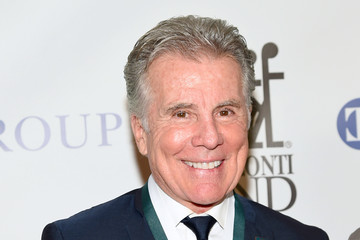 John Walsh 32nd Annual Great Sports Legends Dinner To Benefit The Miami Project/Buoniconti Fund To Cure Paralysis - Arrivals