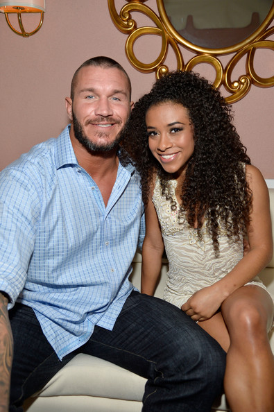 randy orton dating jojo