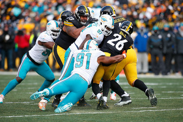 Jordan Phillips Wild Card Round - Miami Dolphins v Pittsburgh Steelers