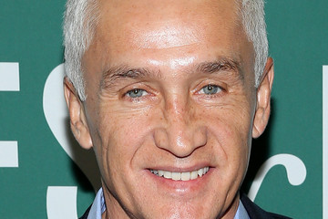 Jorge Ramos Jorge Ramos Signs Copies of His New Book 'Take a Stand: Lessons from Rebels'