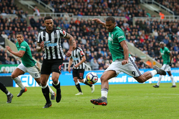 Jose Salomon Rondon Newcastle United vs. West Bromwich Albion - Premier League