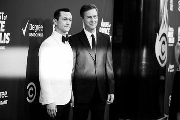 Joseph Gordon-Levitt Comedy Central Roast Of Bruce Willis - Red Carpet