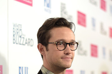 Joseph Gordon-Levitt 'White Bird in a Blizzard' Premieres in Hollywood — Part 2