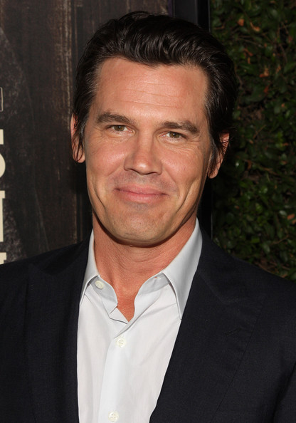 Josh Brolin Actor Josh Brolin arrives at the screening of Paramount    Josh Brolin