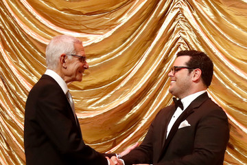 Josh Gad 2016 Children's Hospital Los Angeles 'Once Upon a Time' Gala