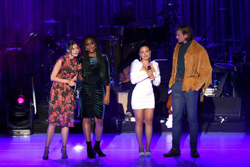 Josh Pence Maia Mitchell L.A. LGBT Center Celebrates 50th Anniversary With 'Hearts Of Gold' Concert