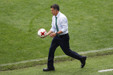 Juan Carlos Osorio Portugal v Mexico: Play-Off for Third Place - FIFA Confederations Cup Russia 2017