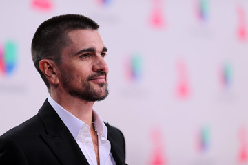 Juanes The 17th Annual Latin Grammy Awards - Red Carpet