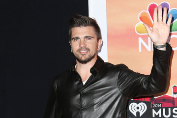 Juanes iHeartRadio Music Awards Press Room — Part 2