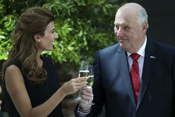 Juliana Awada Day 1 - Queen Sonjia And King Harald State Visit To Argentina