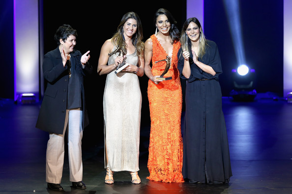 Brazil Olympics Awards Ceremony [performance,entertainment,event,performing arts,stage,fashion,heater,musical theatre,performance art,fun,maria elisa,juliana,roberta sudbrack,carol sampaio,trophies,brazil,rio de janeiro,theatro municipal,brazil olympics awards ceremony,beach volleyball athlete of the year]