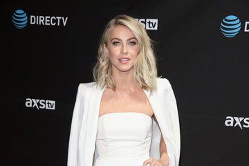 Julianne Hough DirecTV Super Saturday Night Co-Hosted by Mark Cuban's AXS TV - Arrivals
