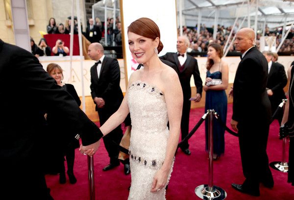 Julianne Moore - Arrivals at the 87th Annual Academy Awards — Part 2