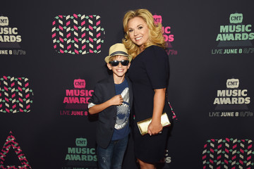 Julie Chrisley 2016 CMT Music Awards - Red Carpet