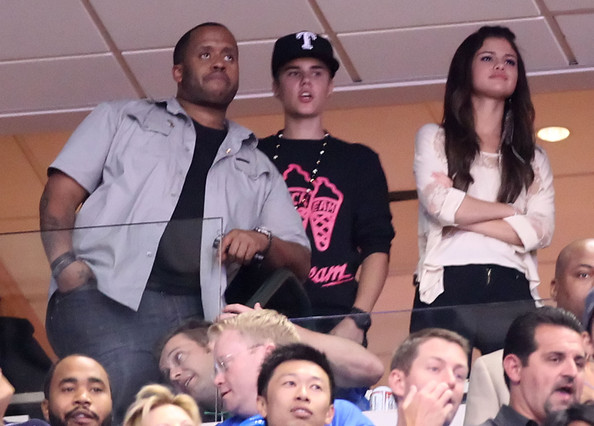 Miami Heat v Dallas Mavericks Justin Bieber & Selena Gomez Justin%20Bieber%20Miami%20Heat%20v%20Dallas%20Mavericks%20M6o1Sc2U4eFl