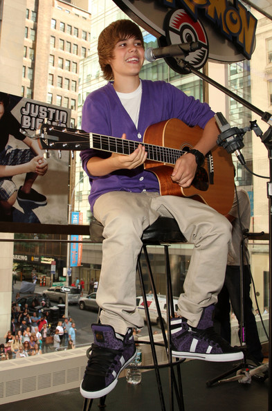 I love those purple shoes
