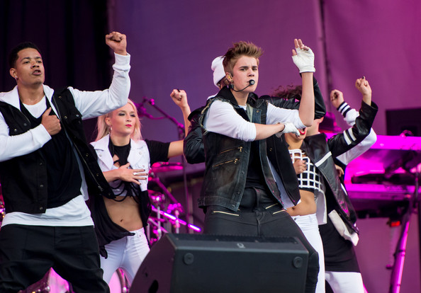 Justin Bieber - Justin Bieber Performs in Norway