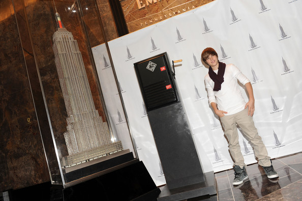 Singer Justin Bieber attends the lighting of the Empire State Building to kickoff Jumpstart's Read For The Record Campaign on October 8, 2009 in New York City.