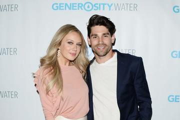 Justin Gaston Generosity Water Launch - Arrivals