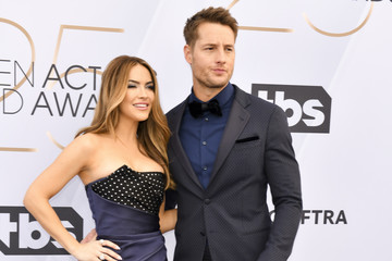 Justin Hartley Chrishell Stause 25th Annual Screen ActorsGuild Awards - Arrivals