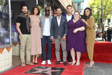 Justin Hartley Susan Kelechi Watson Mandy Moore Honored With Star On The Hollywood Walk Of Fame