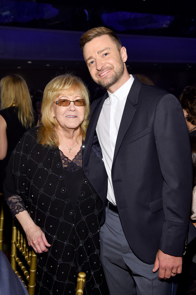 Songwriters Hall Of Fame 50th Annual Induction And Awards Dinner - Backstage [event,fashion,suit,formal wear,premiere,tuxedo,smile,justin timberlake,linda moran,songwriters hall of fame 50th annual induction and awards dinner,new york city,the new york marriott marquis]