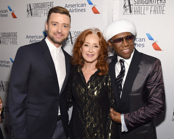 Songwriters Hall Of Fame 50th Annual Induction And Awards Dinner - Backstage [event,premiere,suit,white-collar worker,smile,formal wear,nile rodgers,bonnie raitt,justin timberlake,songwriters hall of fame 50th annual induction and awards dinner,new york city,the new york marriott marquis]