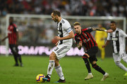 Giorgio Chiellini of Juventus controls the ball during the Italian Supercup match between Juventus and AC Milan at King Abdullah Sports City on January 16, 2019 in Jeddah, Saudi Arabia.