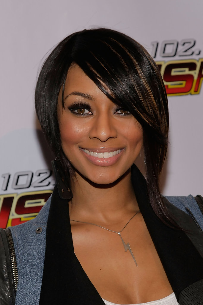 keri hilson hair styles hilson in kiis fm s jingle 2009 arrivals zimbio 6811 | KIIS FM Jingle Ball 2009 Arrivals KJBqsBqxbR5x
