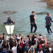 Kaiser Chiefs F1 Live In London Takes Over Trafalgar Square - Live Show