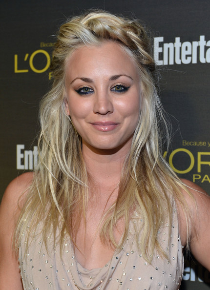 http://www3.pictures.zimbio.com/gi/Kaley+Cuoco+2012+Entertainment+Weekly+Pre+CHkc3YriTt-l.jpg