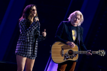 Karen Fairchild Phillip Sweet The 54th Annual CMA Awards - Show