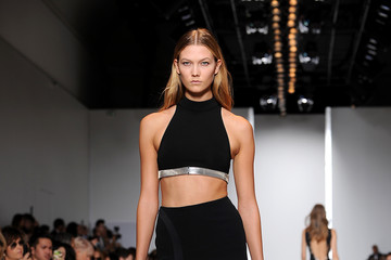 Karlie Kloss Mugler : Runway - Paris Fashion Week Womenswear Spring/Summer 2015