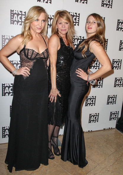 Jessica Capshaw related to kate capshaw