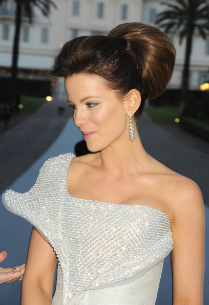 2010 amfAR's Cinema Against AIDS Gala - Roaming Arrivals [hair,fashion model,beauty,hairstyle,human hair color,shoulder,lady,chignon,joint,gown,arrivals,cinema against aids 2010,kate beckinsale,antibes,france,hotel du cap,amfar,cinema against aids gala,benefit gala]