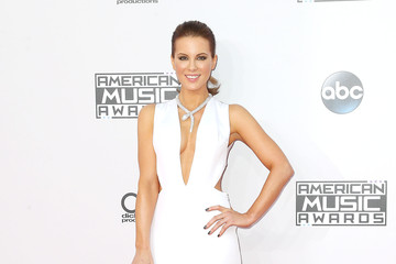 Kate Beckinsale Arrivals at the American Music Awards — Part 2