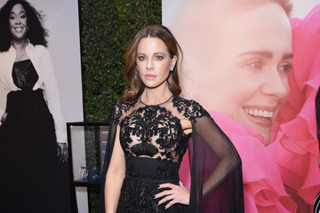Kate Beckinsale ELLE's 25th Annual Women In Hollywood Celebration Presented By L'Oreal Paris, Hearts On Fire And CALVIN KLEIN - Hearts On Fire