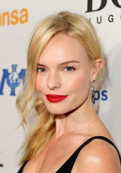 Kate Bosworth Actress Kate Bosworth arrives at the Grand Opening of ... Kate Bosworth